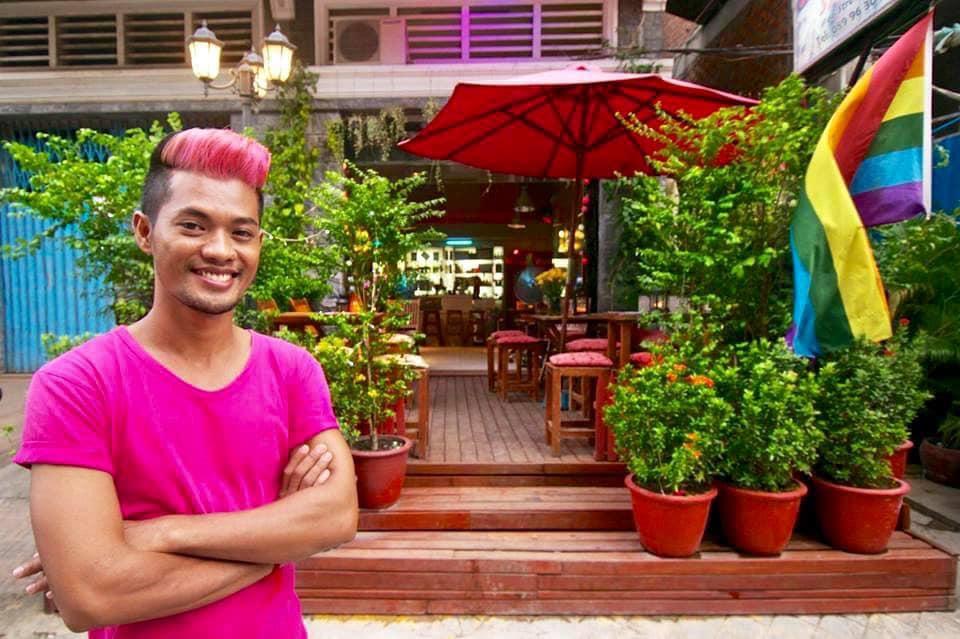 柬埔寨金邊唯一猛男同志酒吧space hair salon andbar
